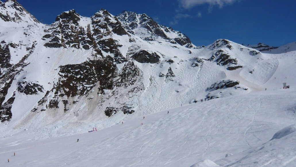 Wet snow avalanches in Verbier